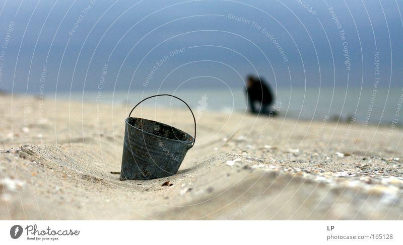 Mensch Himmel Natur Mann Wasser Meer Landschaft ruhig Strand Erwachsene Gefühle Küste Kunst Metall Sand Horizont