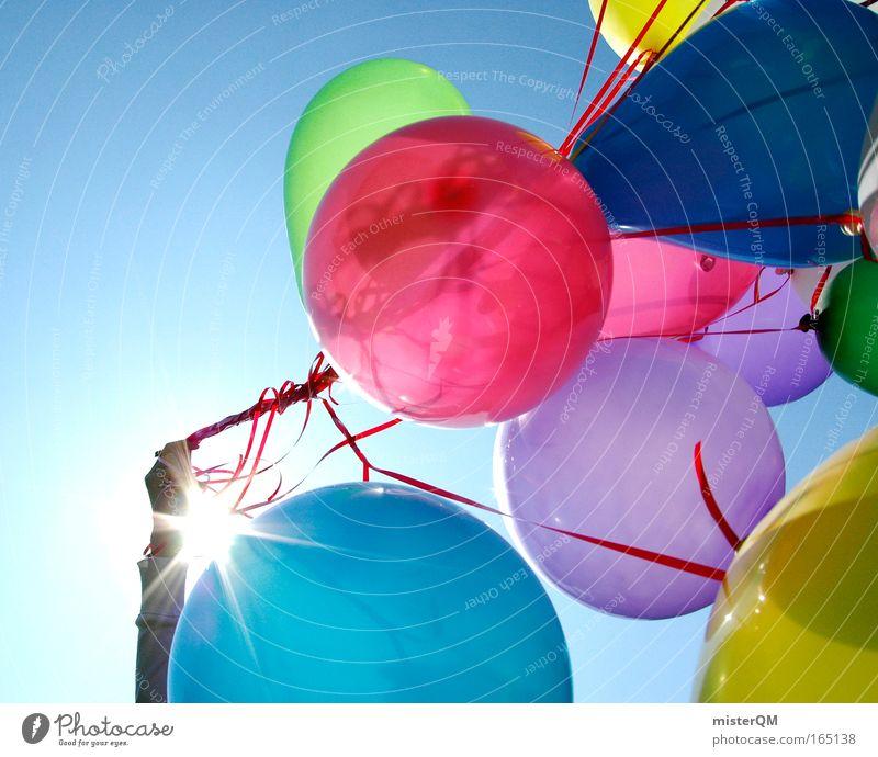 Freiheit - Auf ihrem Weg zum Horizont Farbfoto mehrfarbig Außenaufnahme Menschenleer Tag Licht Kontrast Sonnenlicht Sonnenstrahlen Gegenlicht