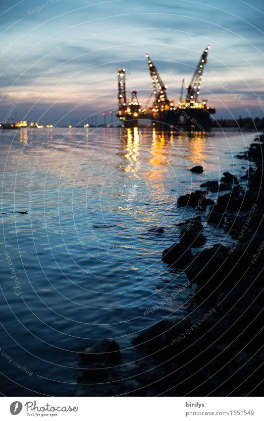 Nachtschicht Meer Küste Business Arbeit & Erwerbstätigkeit glänzend Wachstum leuchten ästhetisch authentisch Technik & Technologie Güterverkehr & Logistik Hafen