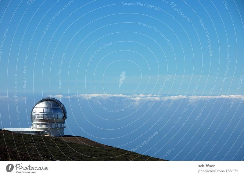 Spanner Himmel blau Wolken Ferne Berge u. Gebirge Stern groß Zukunft Technik & Technologie Klima Nachthimmel beobachten Wissenschaften Unendlichkeit außergewöhnlich Gipfel