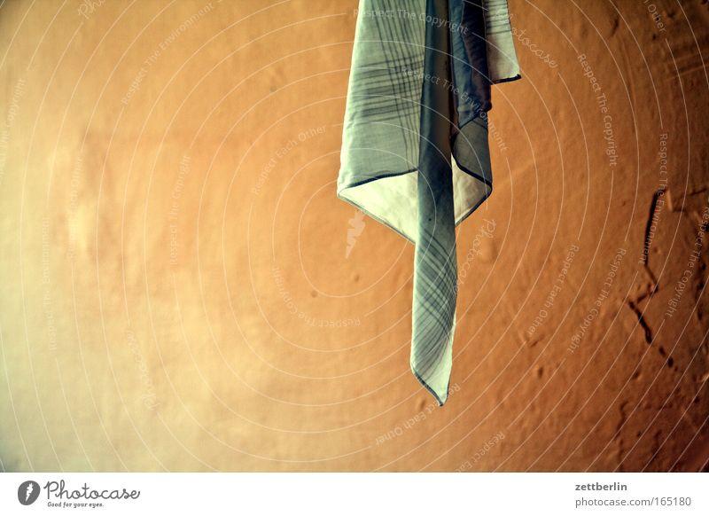 Ganz kleine Wäsche Farbe Falte trocken hängen Tuch Haushalt Textilien trocknen aufhängen Textfreiraum Baumwolle Querformat Taschentuch