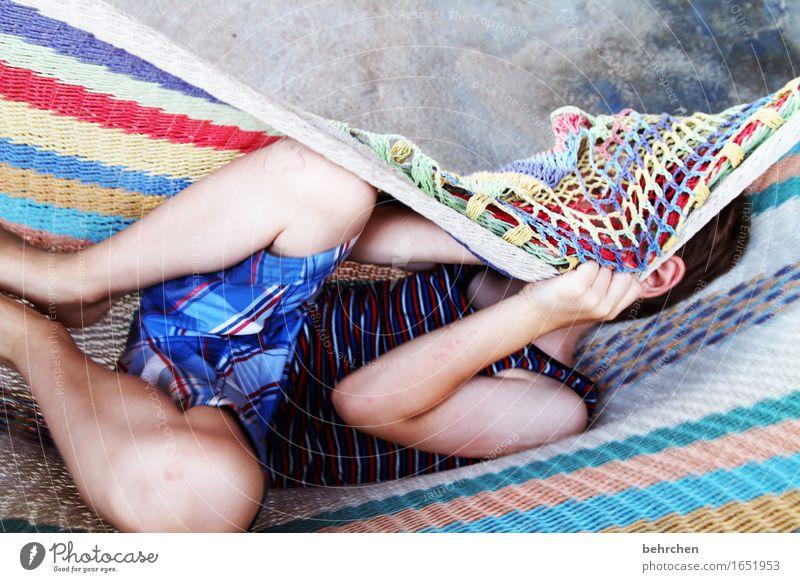 *700* | kein grund, sich zu verstecken!!! Kind Ferien & Urlaub & Reisen Hand Erholung Ferne Junge Beine Familie & Verwandtschaft Spielen Freiheit Tourismus