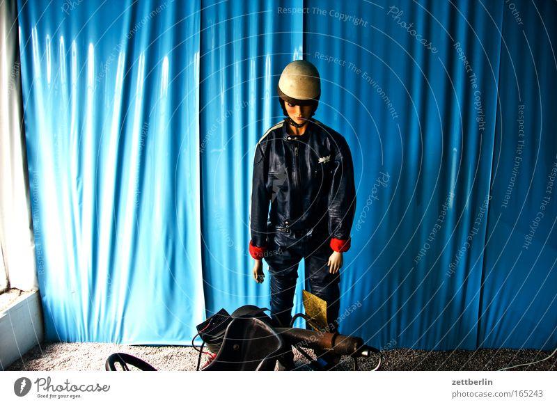 Motorrad Verkehr Dekoration & Verzierung Bekleidung Rennsport Theaterschauspiel Vorhang Figur Puppe Unfall Kleinmotorrad Helm Straßenverkehr Ausstellung