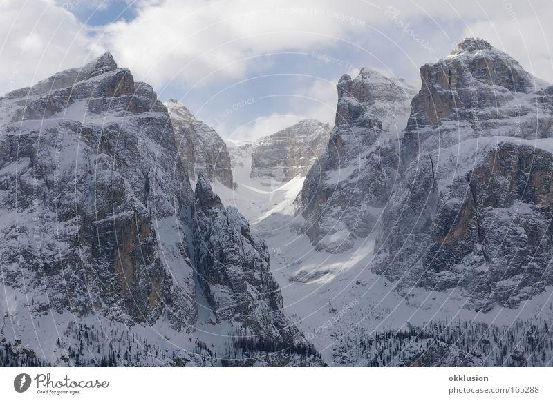 Dolomiten, Alpen, Val Gardena Farbfoto Außenaufnahme Menschenleer Tag Panorama (Aussicht) Natur Landschaft Urelemente Wolken Winter Schönes Wetter Eis Frost