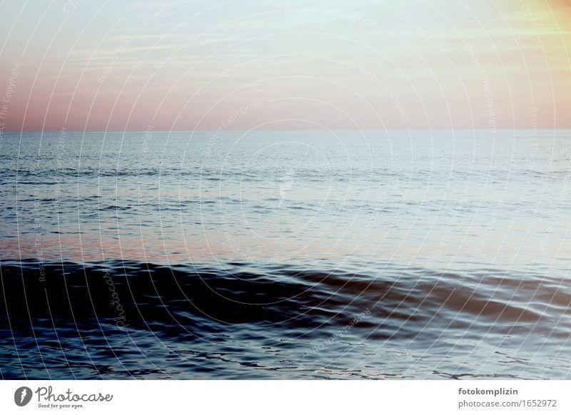 Dunkel Meer Himmel Natur blau Wasser Einsamkeit ruhig Strand schwarz Umwelt rosa Wellen Unendlichkeit Sehnsucht Fernweh maritim