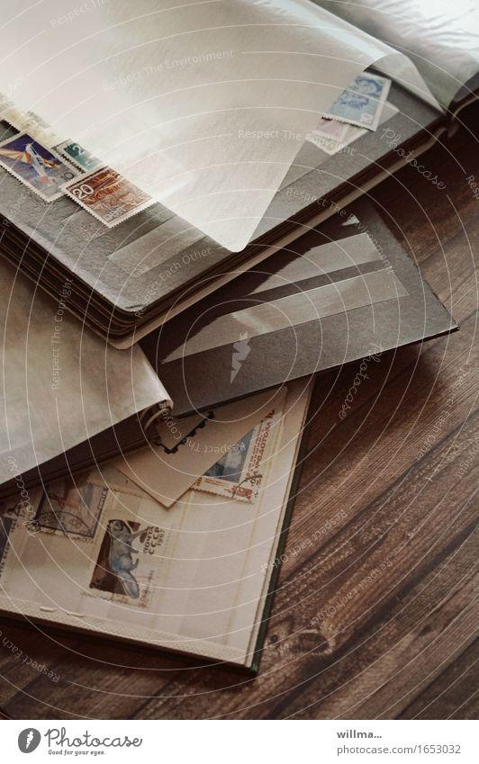 ausrede Freizeit & Hobby Briefmarken sammeln Philatelie Briefmarkenalbum Sammlung Sammlerstück Album alt Langeweile Nostalgie Briefmarkensammlung Innenaufnahme