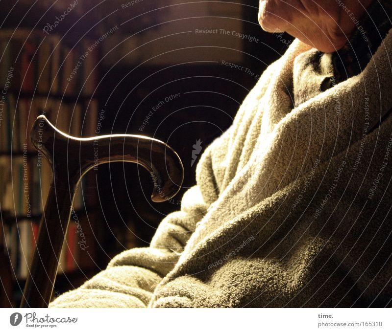 ein wenig ausruhen Mensch Mann alt Erholung ruhig Erwachsene Senior Hintergrundbild maskulin sitzen Sicherheit Schutz Vertrauen Gelassenheit Müdigkeit