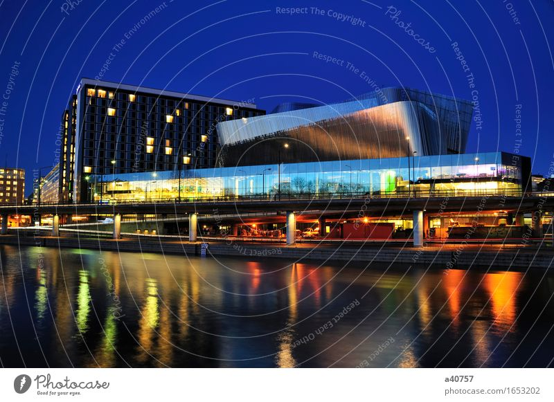 Stockholm Farbe Wolken schwarz Straße Architektur Gebäude Stimmung Verkehr modern Völker Hotel Abenddämmerung Messe Schweden erbaut