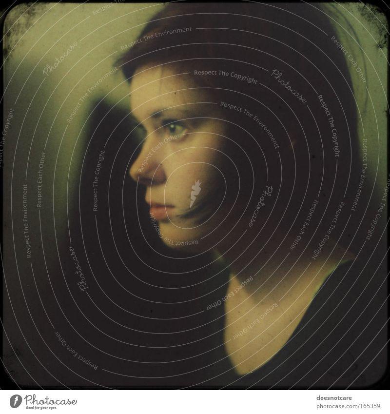 Seitenansicht Mona Lisa, nur schöner. Frau Mensch Jugendliche schwarz Profil feminin Porträt träumen Kopf braun Erwachsene gold ästhetisch Gemälde