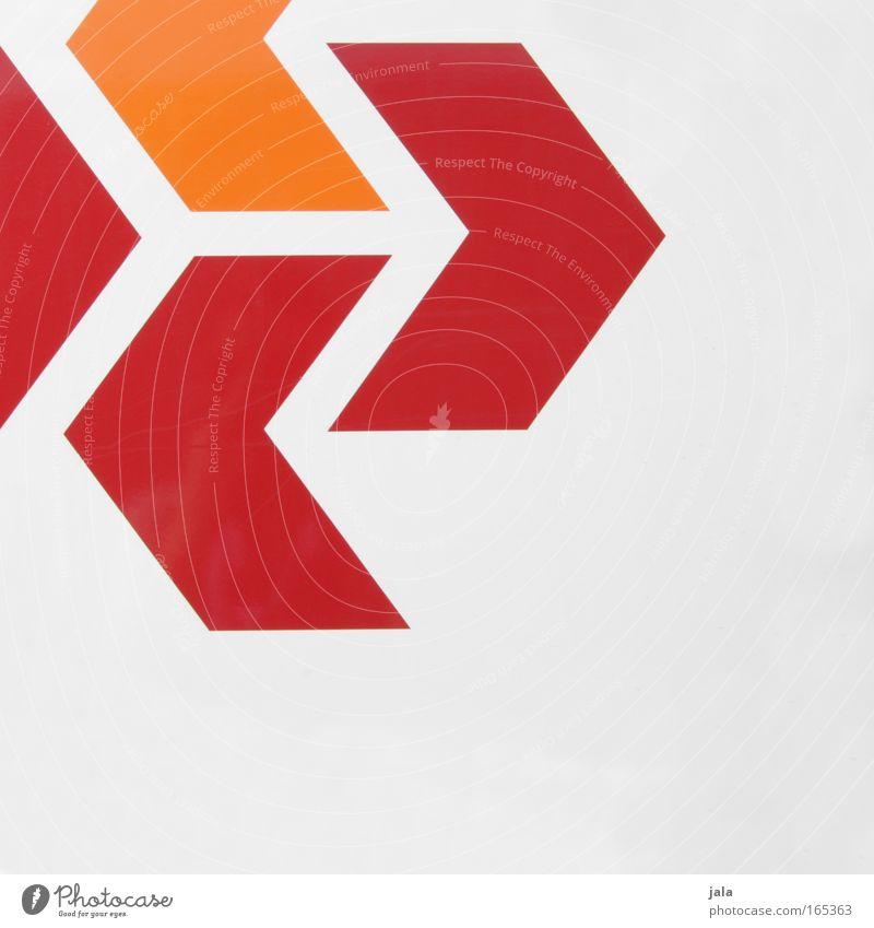 any way Farbfoto Außenaufnahme Menschenleer Textfreiraum unten Hintergrund neutral Tag Zeichen Schilder & Markierungen Hinweisschild Warnschild Linie Pfeil rot