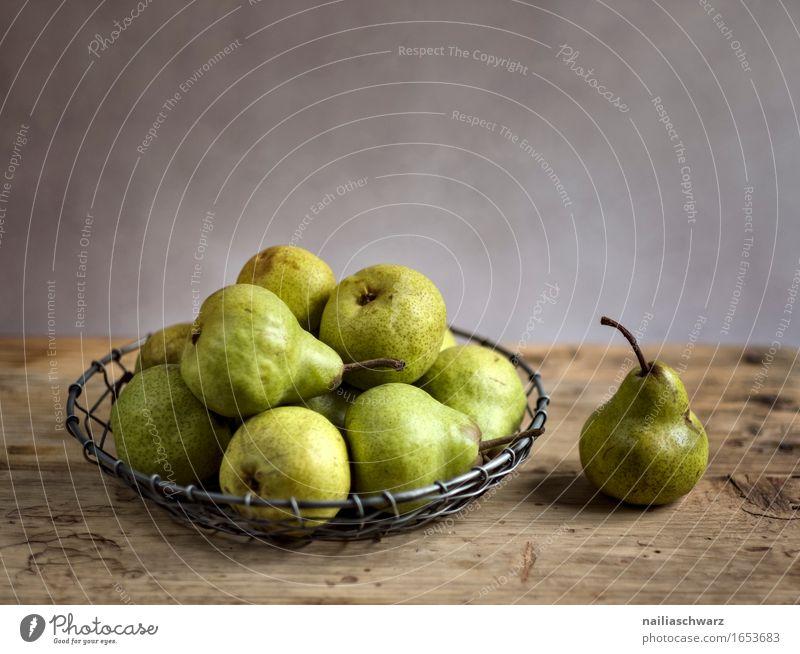 Stillleben mit Birnen schön gelb natürlich Stil Gesundheit Holz Lebensmittel braun Metall Frucht frisch retro genießen süß lecker rein