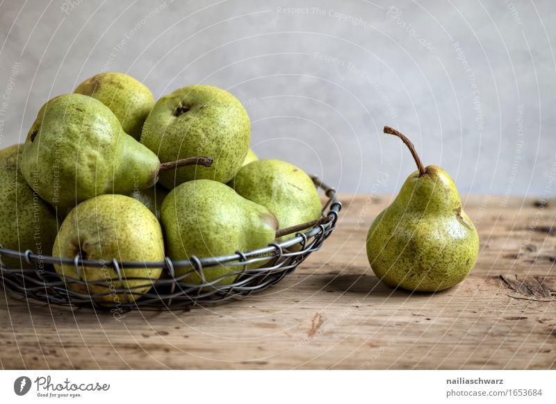 Stillleben mit Birnen schön Stil Gesundheit Holz Kunst Metall Frucht frisch Ernährung Kommunizieren Kreativität retro genießen süß Lebewesen Bioprodukte