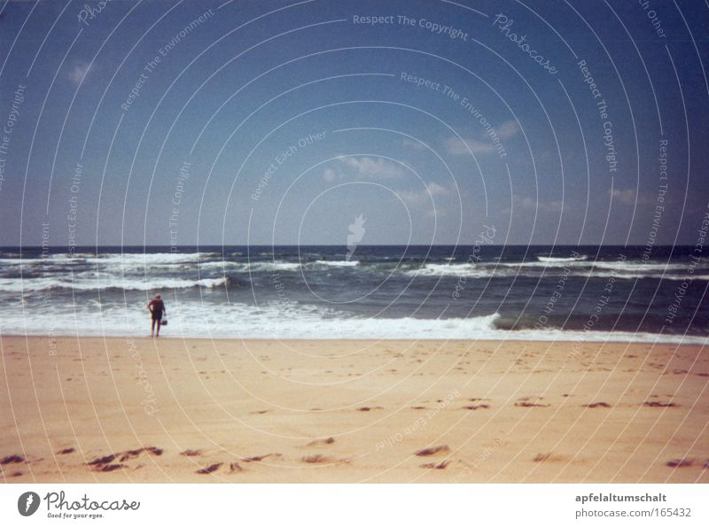 Tag am Meer Farbfoto Außenaufnahme Rückansicht Wellness harmonisch Wohlgefühl Zufriedenheit Sinnesorgane Erholung ruhig Kur Ferien & Urlaub & Reisen Tourismus