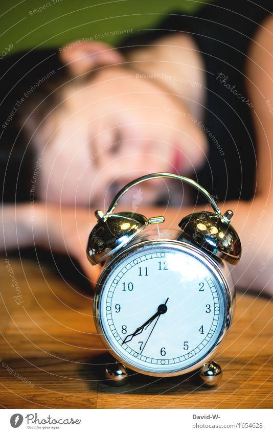 Zeitumstellung Mensch Frau Jugendliche Junge Frau Erwachsene Leben feminin Schule Kopf träumen 13-18 Jahre Kindheit lernen schlafen Stress