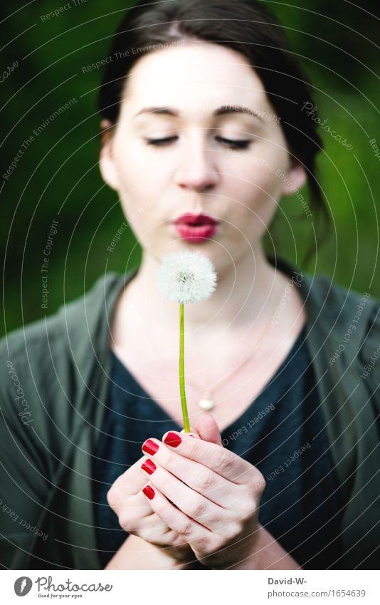 Pusteblume harmonisch Wohlgefühl Zufriedenheit Sinnesorgane Freizeit & Hobby Mensch feminin Junge Frau Jugendliche Erwachsene Leben 1 Kunst Umwelt Natur Sommer