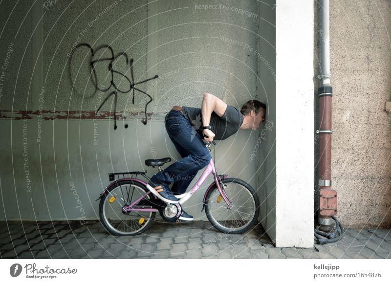 mit dem kopf durch die ... Fahrrad Mensch maskulin Mann Erwachsene Leben Körper 1 T-Shirt Jeanshose Schuhe Turnschuh Sport Kinderfahrrad Unfall Verkehrsunfall