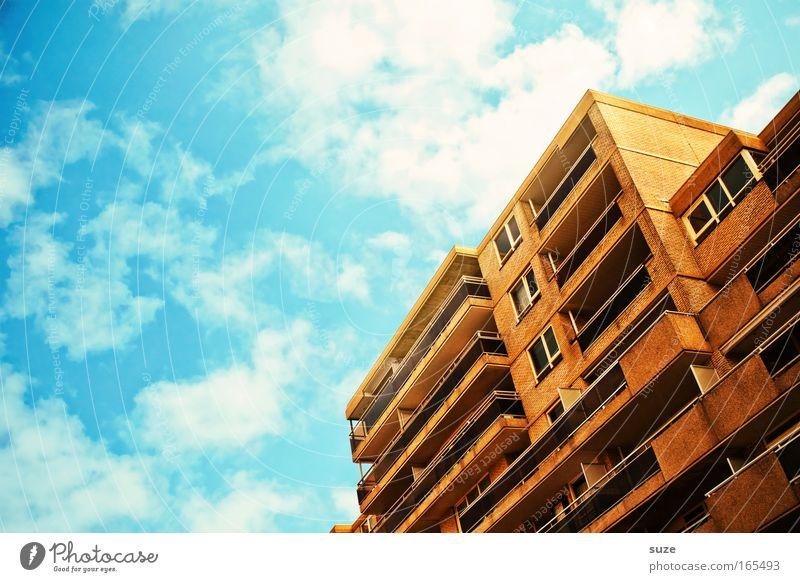 Strandhaus Himmel Stadt Sommer Wolken Haus Fenster Stein Gebäude Architektur Beton Fassade Häusliches Leben Balkon Terrasse Schönes Wetter