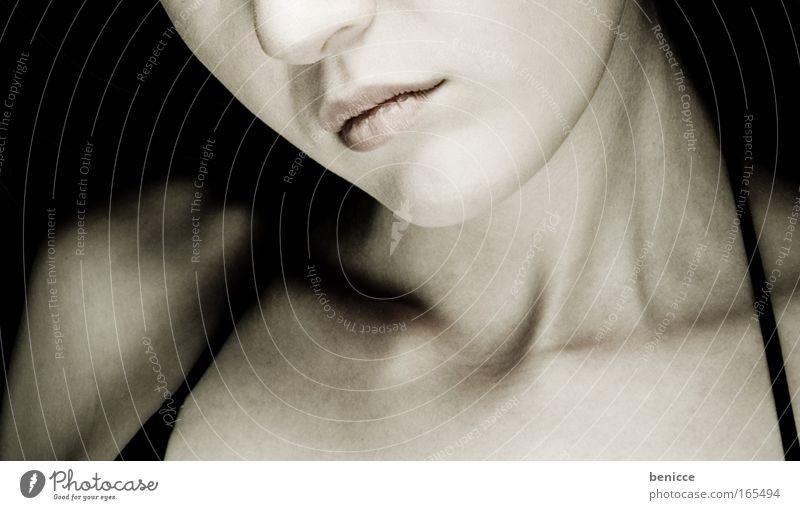 lippen Frau Mensch Jugendliche schwarz Gesicht Erwachsene feminin Hintergrundbild Mund elegant Haut Nase authentisch 18-30 Jahre Lippen dünn
