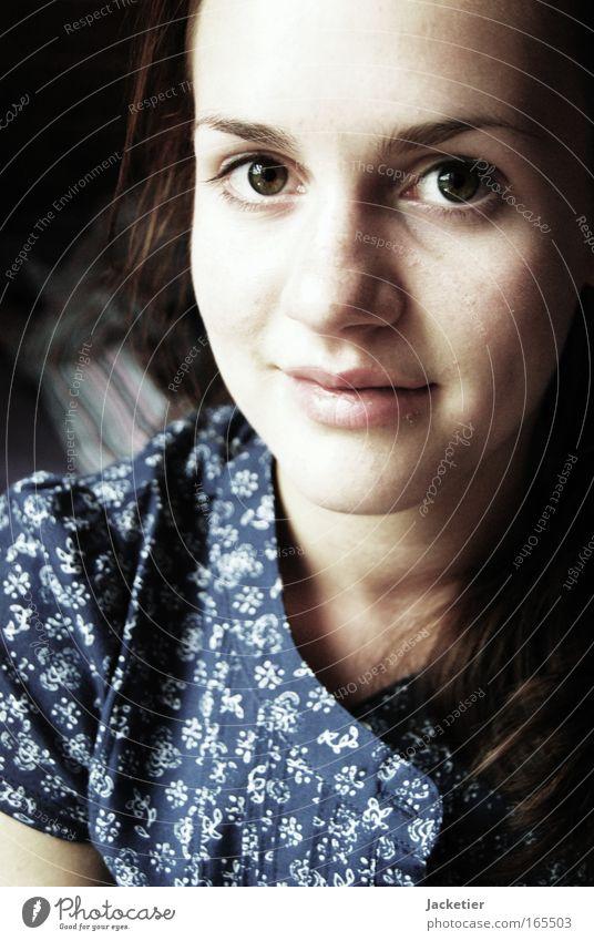 LieblingsSofie. Mensch Jugendliche schön Gesicht Auge feminin Leben Kopf Haare & Frisuren träumen Mund Arme Haut Nase ästhetisch Häusliches Leben