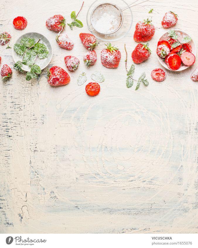 Frische Erdbeeren essen Lebensmittel Frucht Dessert Ernährung Frühstück Picknick Bioprodukte Vegetarische Ernährung Diät Schalen & Schüsseln Lifestyle Stil