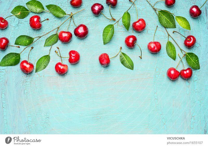 Süße Kirschen auf Blau Lebensmittel Frucht Dessert Ernährung Frühstück Bioprodukte Vegetarische Ernährung Diät Stil Design Gesunde Ernährung Sommer