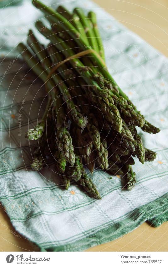 Spargel grün Sommer Ernährung Frühling Gesundheit Lebensmittel frisch Kochen & Garen & Backen Küche Gastronomie natürlich Gemüse lecker Markt Abendessen Mahlzeit