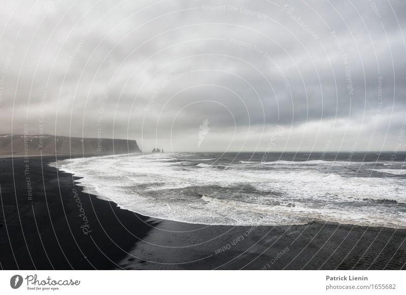 All Alone Leben Ferien & Urlaub & Reisen Abenteuer Strand Meer Insel Wellen Umwelt Natur Landschaft Erde Himmel Wolken Frühling Winter Klima Klimawandel Wetter