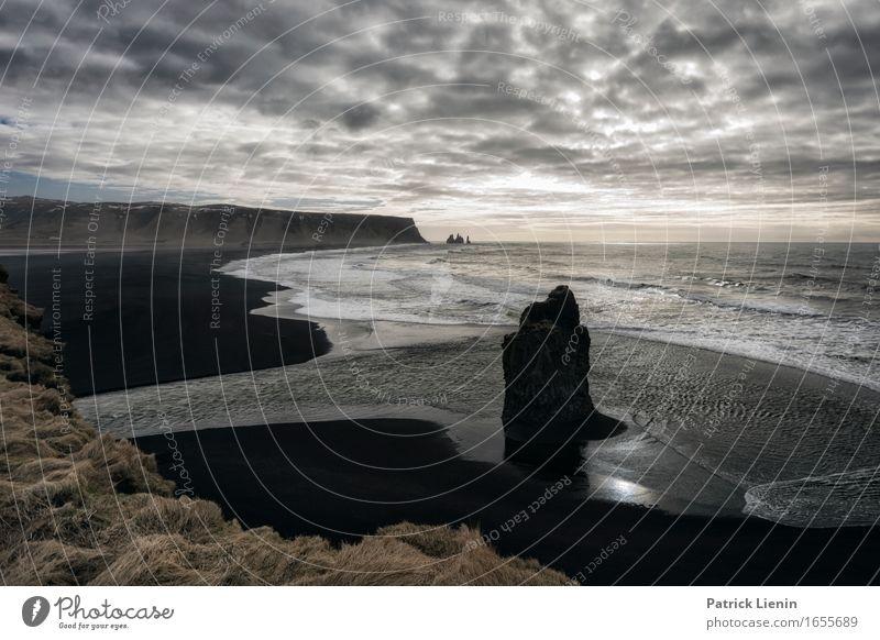 Reynisfjara Himmel Natur Ferien & Urlaub & Reisen schön Meer Landschaft Wolken Strand Umwelt Leben Küste Erde Felsen Wetter Wellen Insel