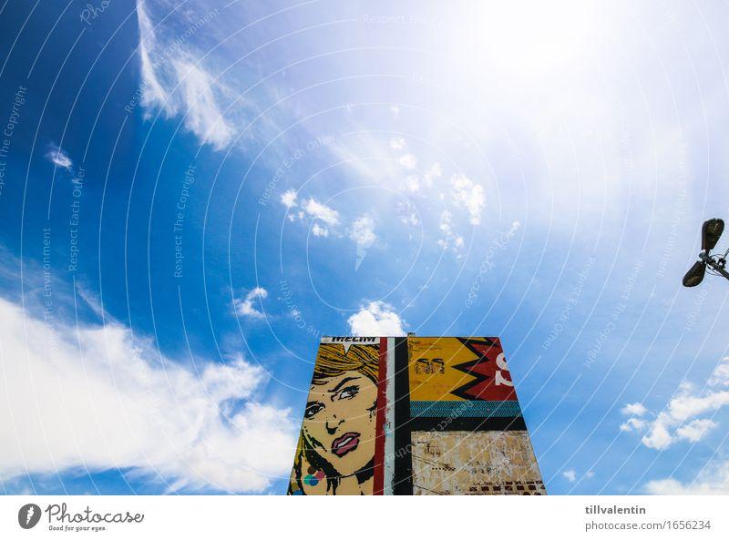 Luz Comic Wall Stadt Stadtzentrum Skyline Haus Hochhaus Bauwerk Gebäude Architektur Hochhausfassade Mauer Wand Fassade Zeichen Graffiti blau mehrfarbig gelb