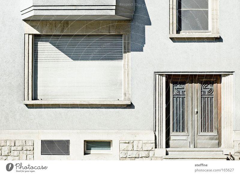 schöner wohnen Stadt Haus Wand Fenster Mauer Gebäude Architektur Tür Fassade Häusliches Leben Jalousie Rollladen Luxemburg