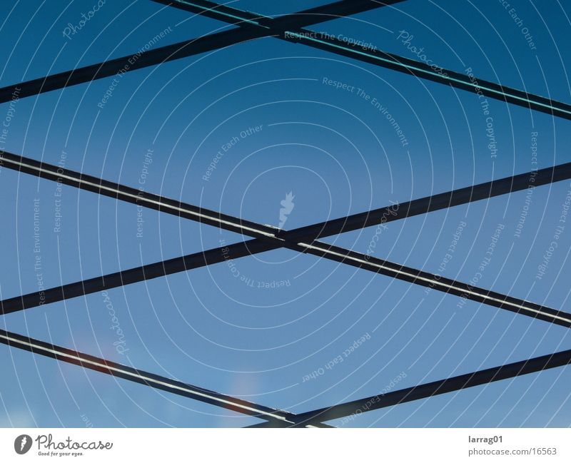 Formen Brücke Himmel blau Strukturen & Formen Architektur