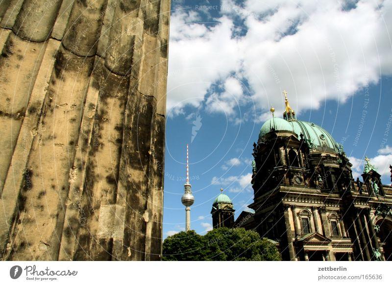 Insel Himmel Stadt Sommer Wolken Berlin Religion & Glaube Architektur Kirche Kultur Stadtzentrum Säule Museum Dom Berliner Fernsehturm Hauptstadt Alexanderplatz