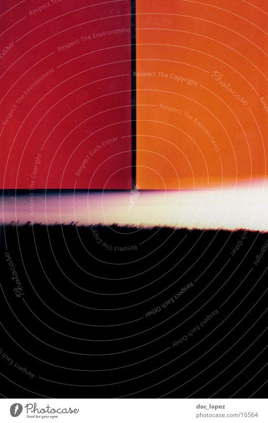 lomo_poetry_1 rot schwarz Farbe Landschaft orange analog Scan