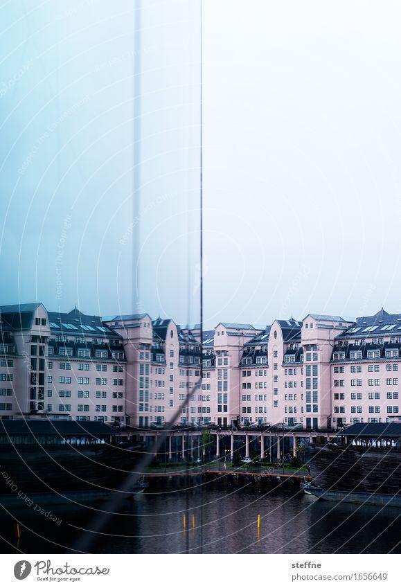 Speichererweiterung Oslo Stadt Norwegen Reflexion & Spiegelung Himmel Farbfoto Außenaufnahme Textfreiraum oben Textfreiraum unten