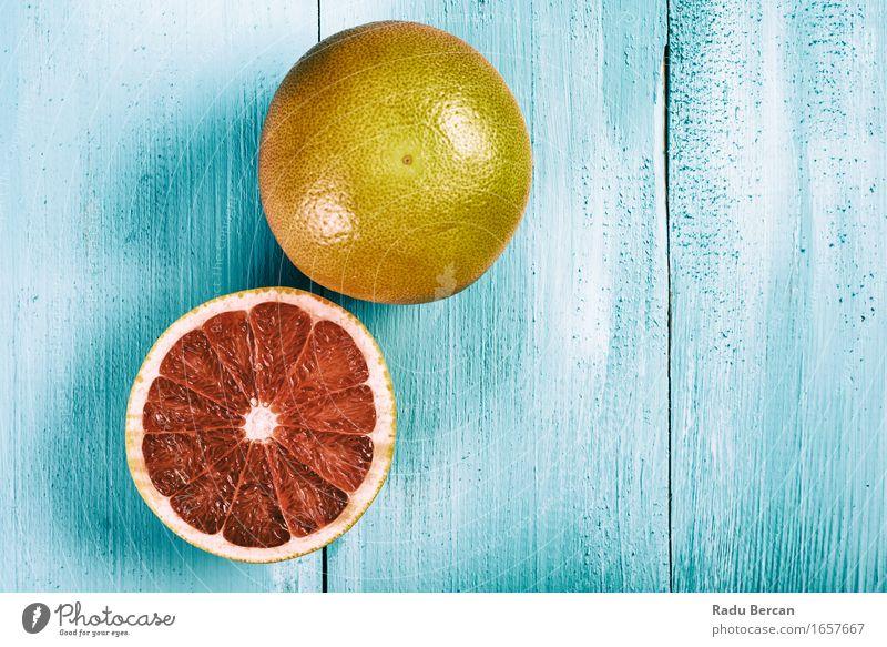 Frische rote Orangen auf hölzerner Tabelle Natur blau Sommer Farbe Gesunde Ernährung Essen Gesundheit Lebensmittel Frucht orange frisch Tisch einfach