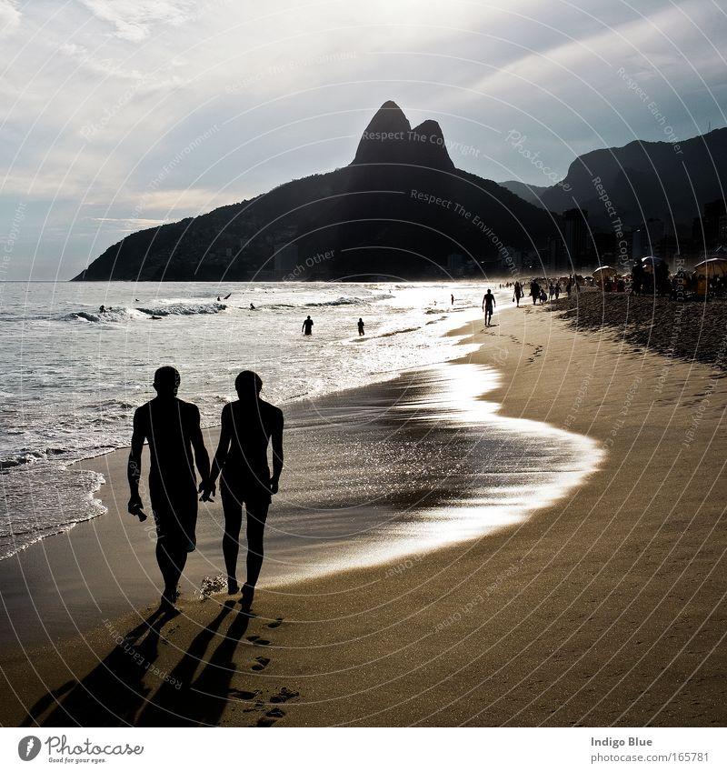 Mensch Wasser schön Meer Sommer Strand Ferien & Urlaub & Reisen Liebe Erholung Paar Sand Landschaft Zufriedenheit Stimmung Zusammensein Küste