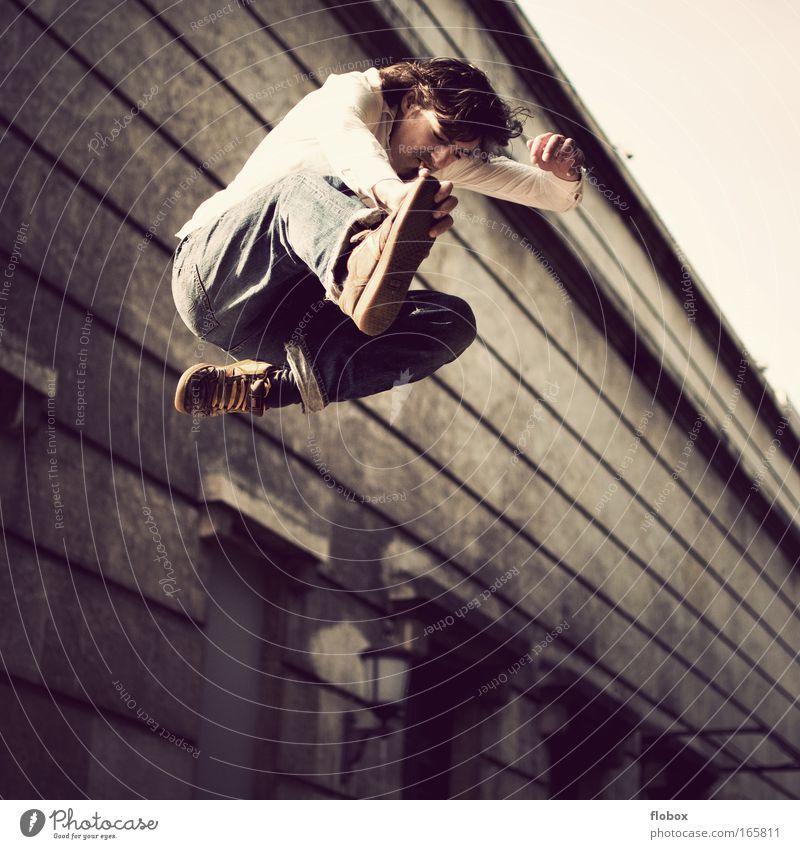 [MUC-09] Nild in the Air Stunt Stuntman fliegen Junge Skateboarding Trick springen Coolness Zigarette rauchen Salto Grinden Jugendliche Extremsport Funsport