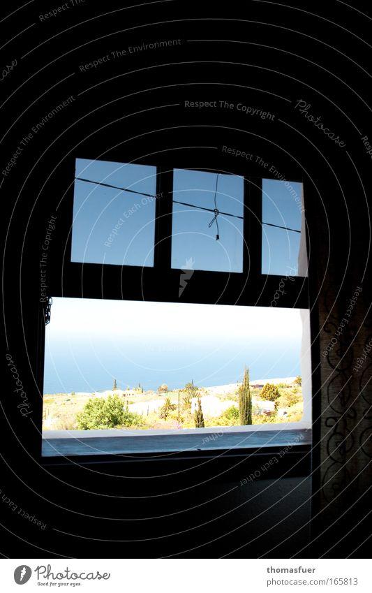 Siesta Farbfoto Innenaufnahme Menschenleer Textfreiraum links Textfreiraum rechts Textfreiraum oben Textfreiraum unten Tag Licht Schatten Kontrast Silhouette