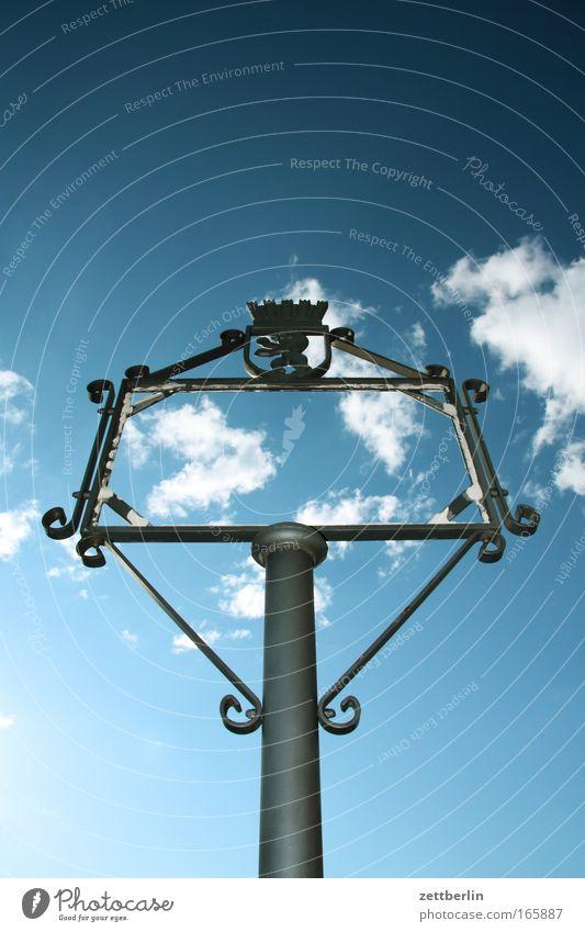 Berlin Himmel Wolken Schilder & Markierungen Kommunizieren Information Bild Vergangenheit historisch Rahmen Bilderrahmen Mitteilung Geschichtsbuch Textfreiraum