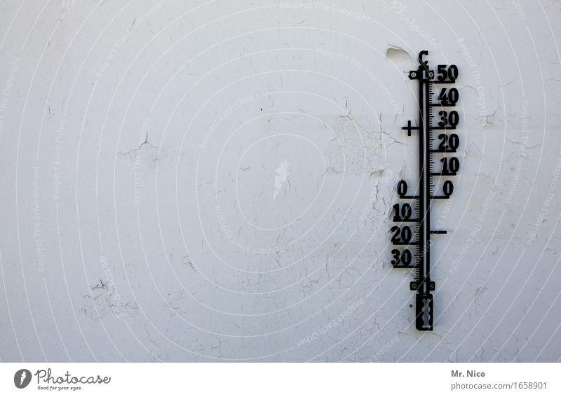 wetter wetter wetter Thermometer heiß kalt Wärme weiß Ferien & Urlaub & Reisen Mauer Wand Ziffern & Zahlen 10 20 30 40 50 Sommer Winter Jahreszeiten