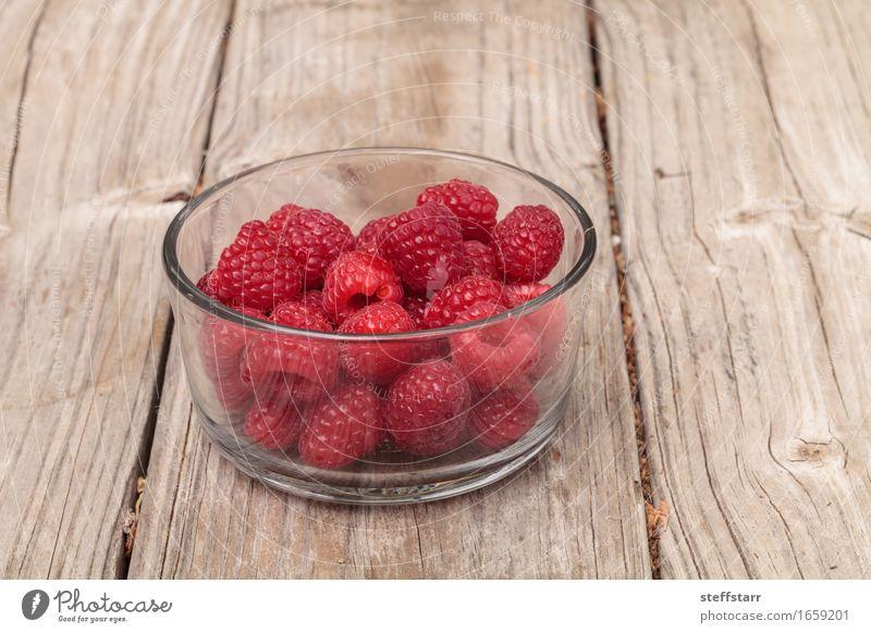 Klarglasschüssel reife Himbeeren Lebensmittel Frucht Ernährung Essen Frühstück schön Körper Gesundheit Pflanze Diät rosa rot Farbfoto mehrfarbig Innenaufnahme