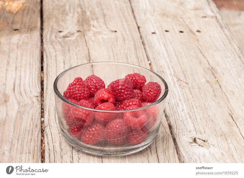 Klarglasschüssel reife Himbeeren Lebensmittel Frucht Ernährung Essen Frühstück Picknick Schalen & Schüsseln Glas schön Gesundheit Pflanze Diät rosa rot Farbfoto