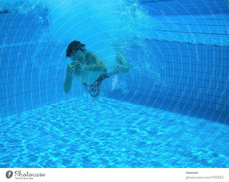 200 ! (cm tief) Mensch Jugendliche Wasser blau Sommer Freude Leben Sport Bewegung Glück Wärme Kindheit Gesundheit Freizeit & Hobby Schwimmen & Baden Wassertropfen