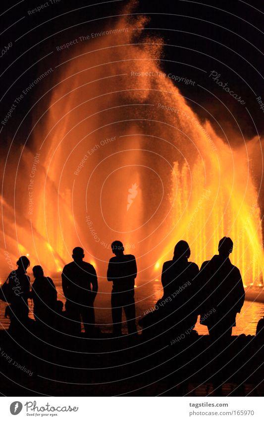 THE FOUR ELEMENTS Mensch Wasser Erholung Luft Erde Brand Hamburg Feuer Urelemente Show 4 Teile u. Stücke Veranstaltung genießen Lichtspiel Nachtaufnahme