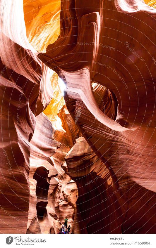 Einblicke Ferien & Urlaub & Reisen Tourismus Abenteuer Mensch 3 Natur Felsen Schlucht Antelope Canyon außergewöhnlich fantastisch gigantisch orange Begeisterung