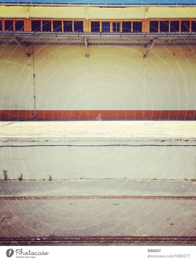 Industrie alt Stadt Haus Fenster Architektur Wand Gefühle Gebäude Mauer Stein Fassade Sand Metall Glas Beton Bauwerk