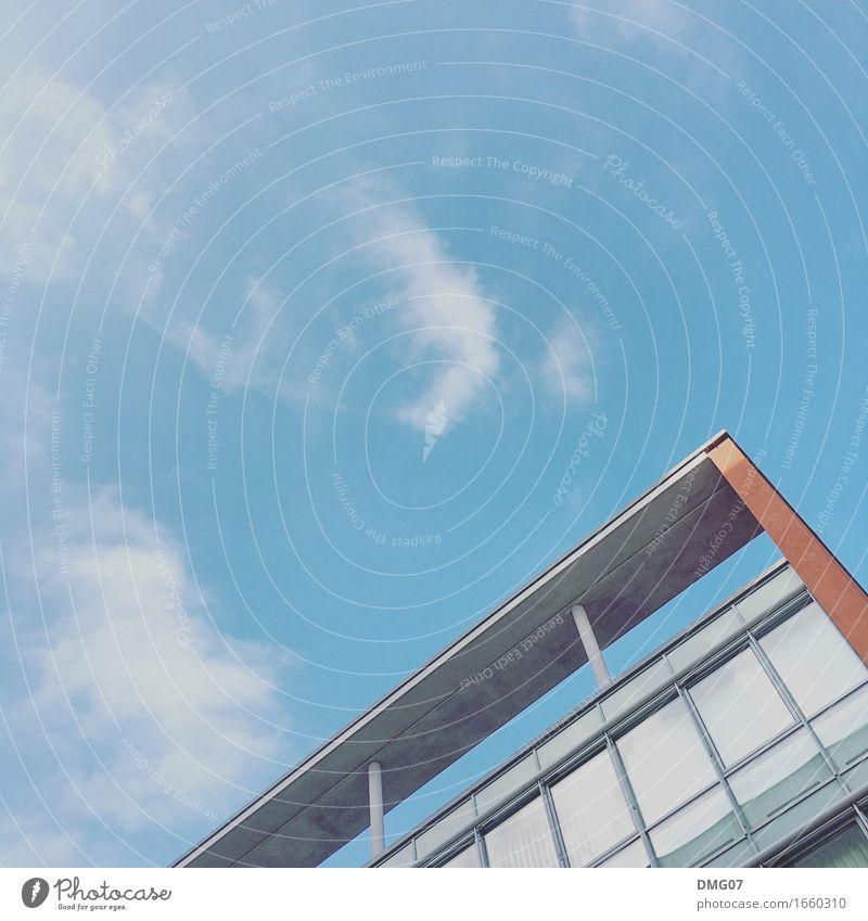 Up in the Sky Umwelt Himmel Wolken Frühling Sommer Herbst Stadt Hauptstadt Stadtzentrum Skyline Haus Hochhaus Bankgebäude Industrieanlage Bahnhof Flughafen