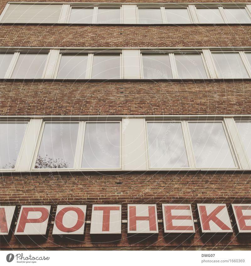 POTHEK Stadt Haus Fenster Architektur Wand Gefühle Lifestyle Gesundheit Gebäude Mauer Gesundheitswesen Fassade Arbeit & Erwerbstätigkeit Schriftzeichen Schilder & Markierungen kaufen
