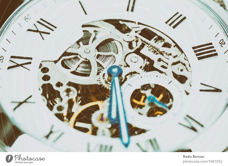 Automatische Herrenuhr mit sichtbarem Mechanismus Reichtum elegant Stil Design Uhr Technik & Technologie High-Tech Schriftzeichen Ziffern & Zahlen drehen trendy