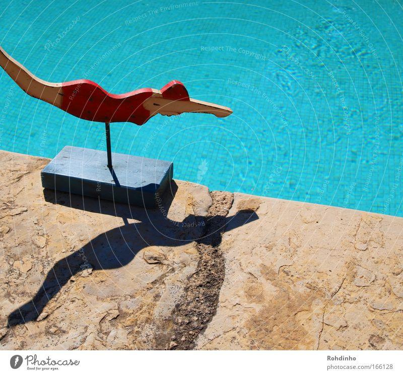 das kühle nass Frau Wasser schön blau rot Freude Ferien & Urlaub & Reisen springen Holz Stein Wärme Zufriedenheit Kunst Erwachsene elegant